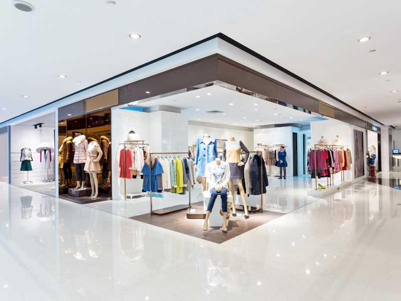 intrior of shopping mall; Shutterstock ID 164216054; Departmental Cost Code: 164400; Project Code: P88430